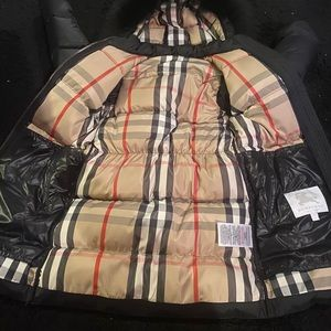 Burberry children's coat for a girl or boy size 10